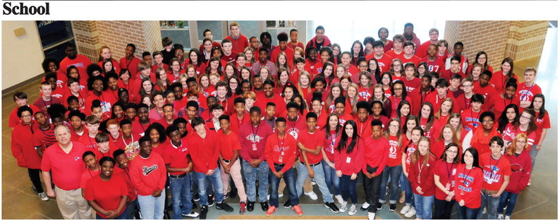 Marion Junior High goes red for National Junior Honor Society