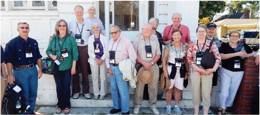 ' American Queen' tour group rolls into Marion