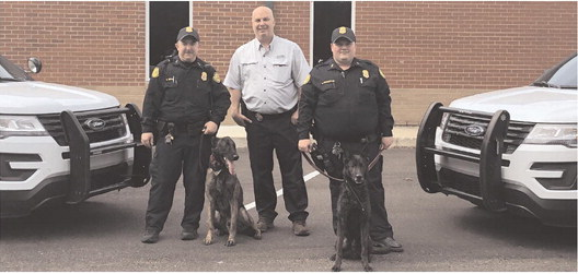 Marion Police  Department's  K9s Zorro and  Hunter to get donation of body armor